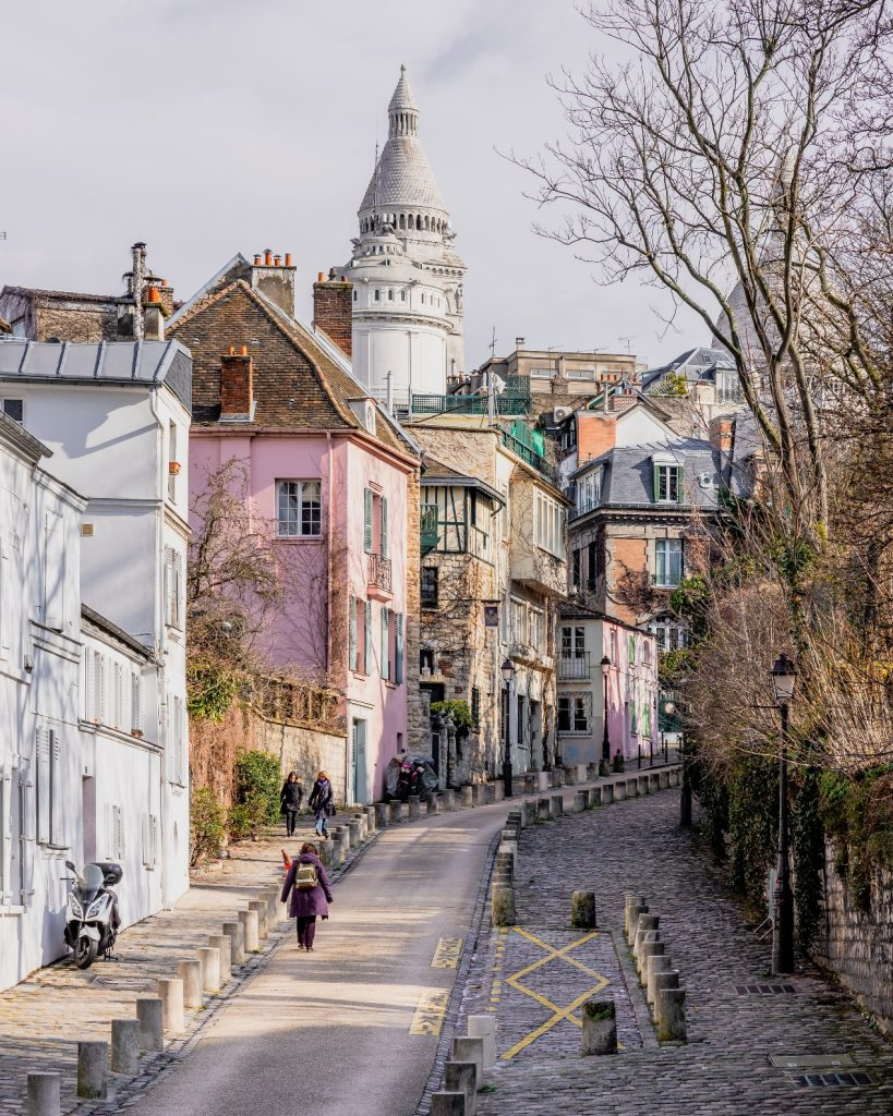 The rustic and historical streets of Montmartre